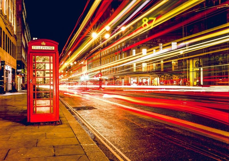 Uluslararası öğrencilerin İngiltere'de İngilizce eğitimi alırken karşılaştığı zorluklar