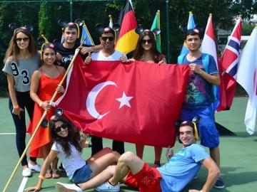 WALT DISNEY ICP-Summer Work and Travel
