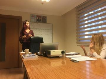 İngilizce Konuşma ve Dinleme Eğitimleri